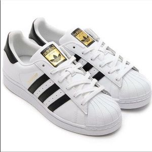 Adidas Superstar Tennis Shoes size 7